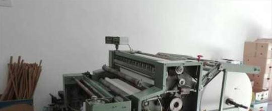 Mašina za proizvodnju papirne galanterije