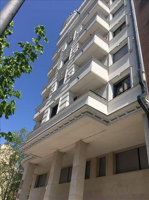Prodaja, Petosoban stan, 212 kvm, 6/8, Lux, Bazen