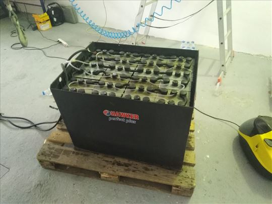 Servis baterija za viljuskare
