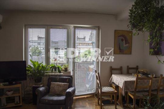 Jednoiposoban stan, na odličnoj lokacij ID#94069