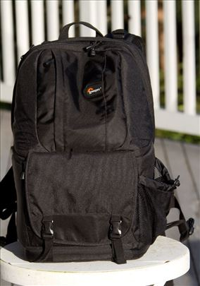 Lowepro DSLR Video Fastpack 250 AW ranac - NOVO