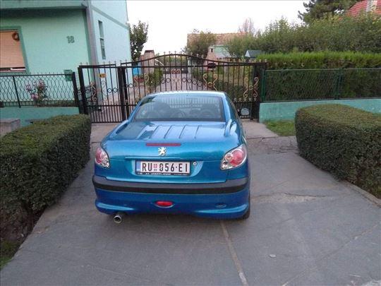 Peugeot 206 tt