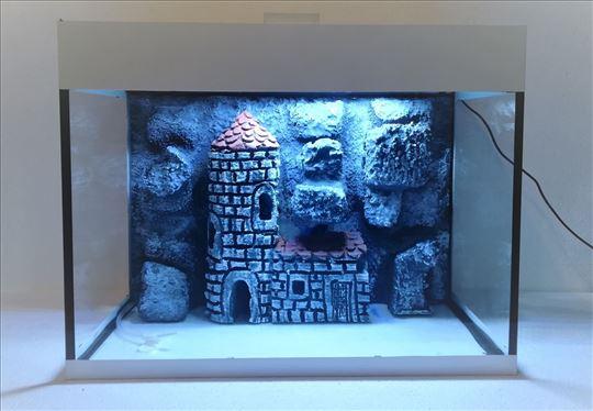 Akvarijum beli sa 3D pozadinom