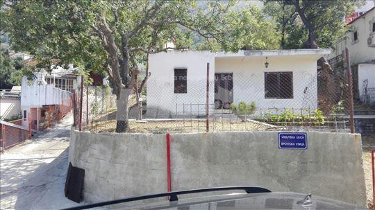 Kuća sa placem Sutomore (Pobrdje) prodaja