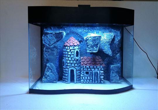 Talasasti akvarijum sa 3d pozadinom