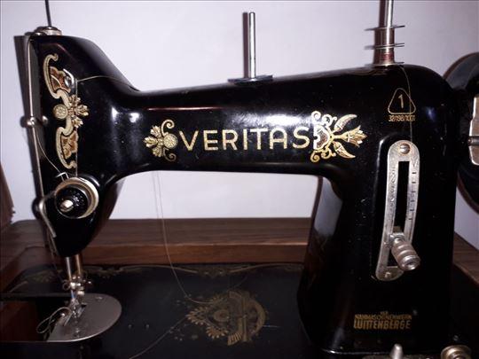 Masina za sivenje Veritas.