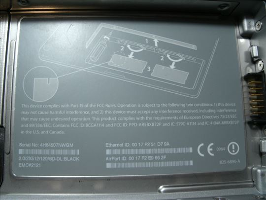 MacBook EMC 2121 !