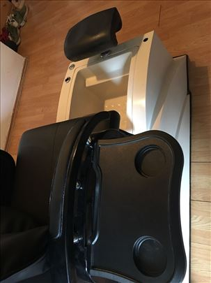 Stolica za masažu sa kadom za pedikir