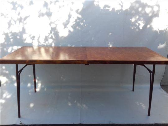 Novo na tržištu Slavski sklopivi stolovi