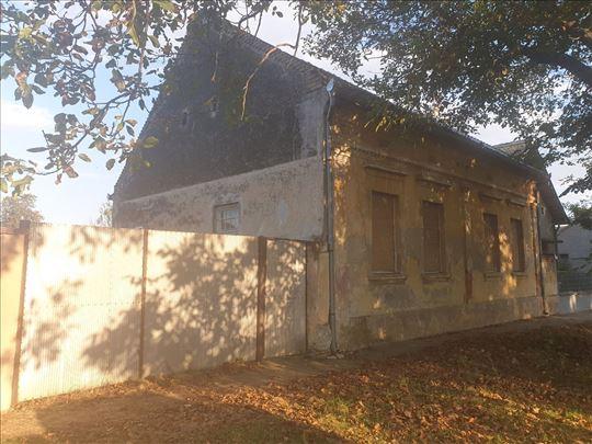 Prodajem kuću u Crepaji 109m2 plac 15 ari