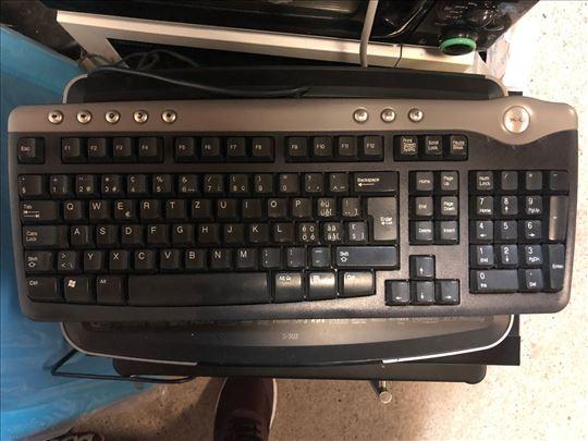 Tastatura Dell br.15, uvoz Švajcarska