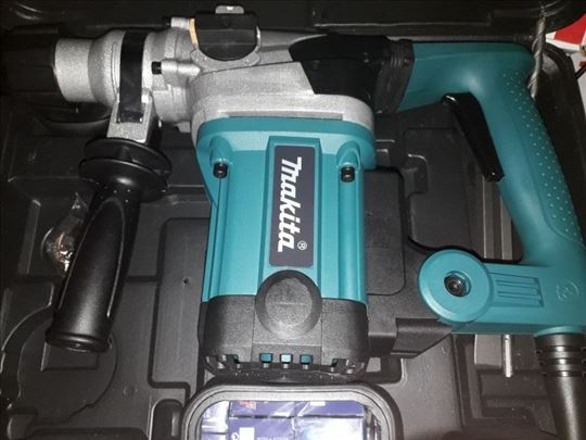 MAKITA udarna busilica 2300w