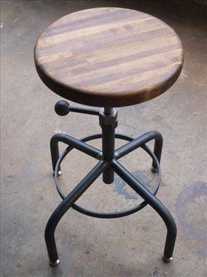 Mala podesiva barska/šank stolica