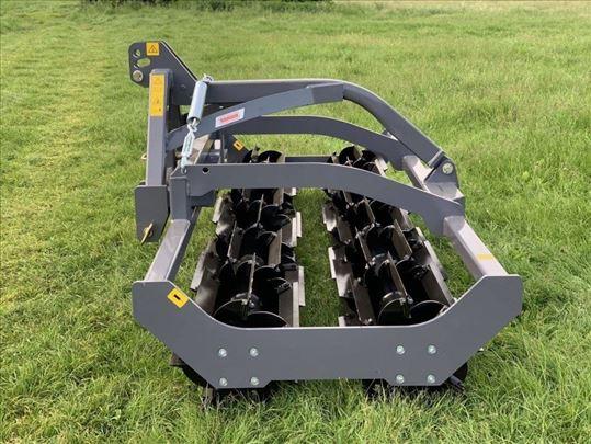 Valjak za usitnjavanje biljnih ostataka MANDAM 3 m