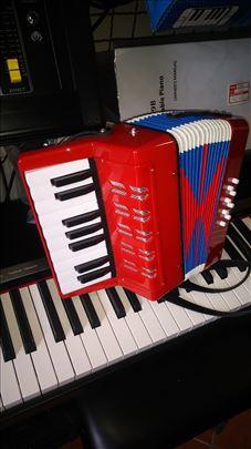 Harmonike - Deciji modeli od 8 basova