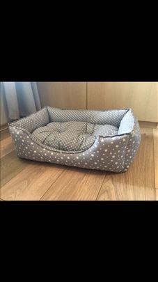 Kreveti za pse i mačke