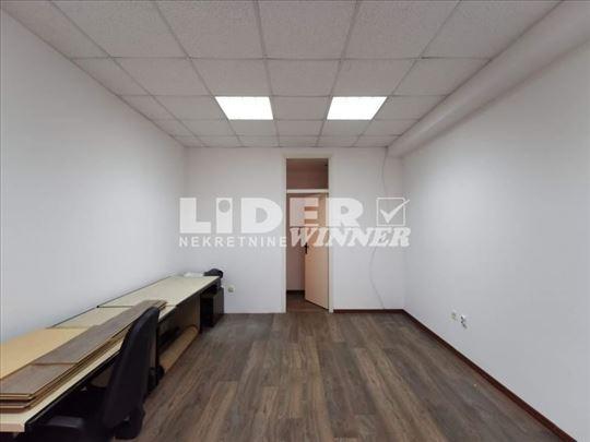 Poslovni prostor u TC ENJUBU u prizemlju ID#102744