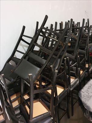 crne barske stolice