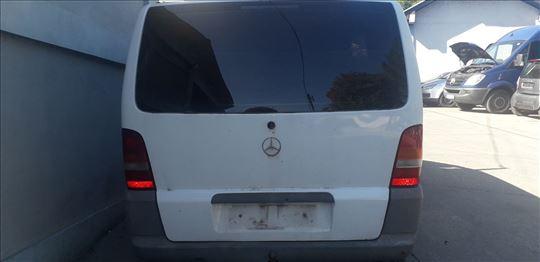 Mercedes Vito W638