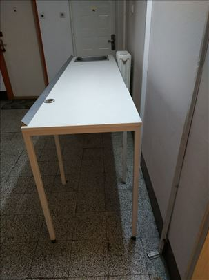Radna povrsina/kuhinjski radni sto sa sudoperom