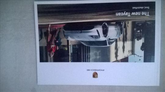 Prospekt Porsche Taycan electrified ,09.2019, 54 s