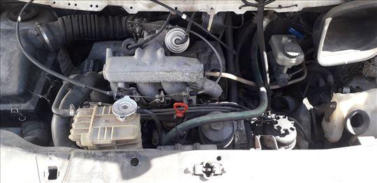 Motor za mercedes Vito 230 Vito 108D