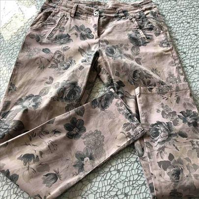 pantalone cvetne