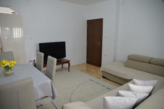 Prodaje se  STAN, 65 m2, Valterova, Prijepolje