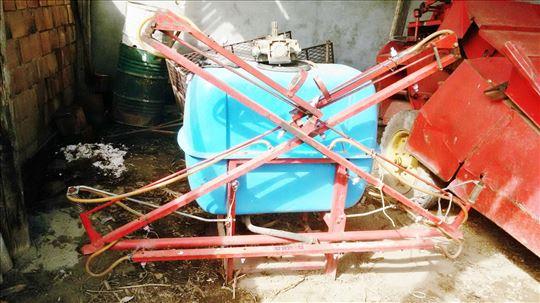 Traktorska prskalica na prodaju u dobrom stanju