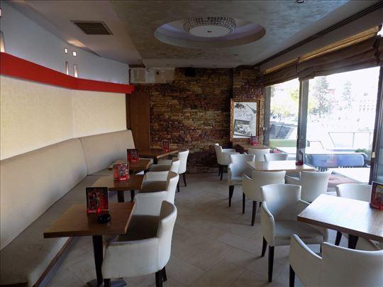 Stolice i stolovi za restorane, kafiće