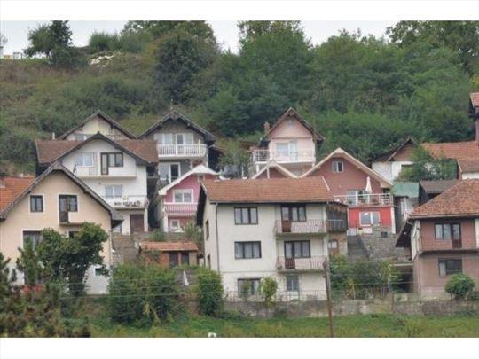 Prodaje se kuća,180 m2, ul.Rada Drobnjaka,Prijepol