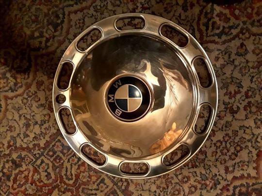 Prodajem 3 metalne ratkapne za BMW 2002