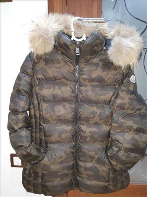 Na prodaju 'Moncler jakna' nova!