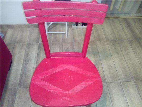 etno crvena stolica