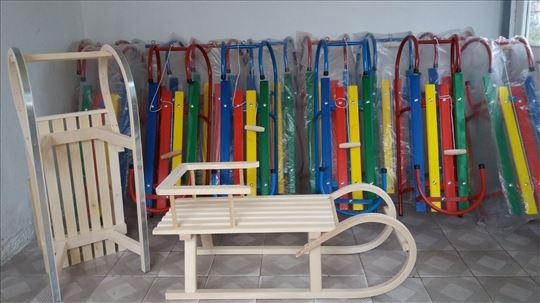 Proizvodnja i Prodaja Sanki za Decu