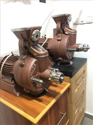 Alekos fi250 mlin za kafu