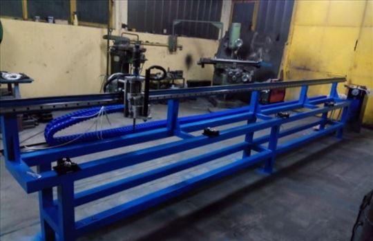 CNC mašina za sečenje cevi