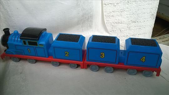 tomy  lokomotiva m.25 csa magnetom i prikolicom 19