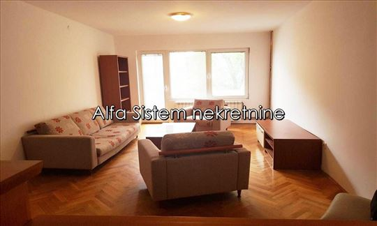 Izdavanje, kuća, Braće Jerković ID 3496