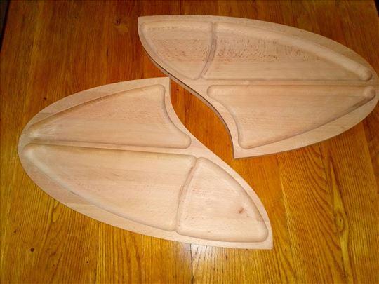 Drveni tanjiri i daske za serviranje