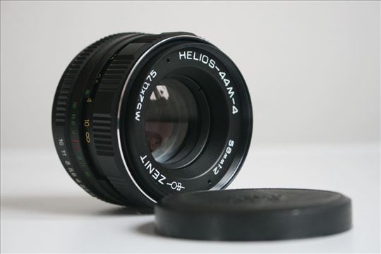 Helios 44M-4 58mm1:2 M52 X 0,75 na M42