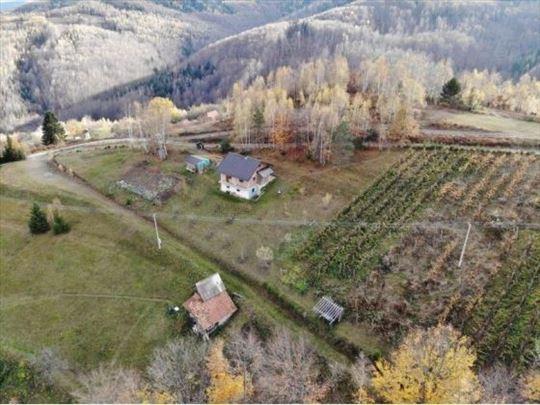 Prodaje se kuća za odmor 58 m2 sa polj.i šumskim