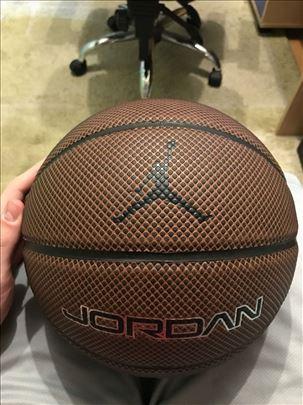 Jordan kosarkaska lopta