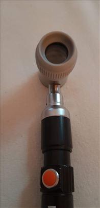 Dermatoskop