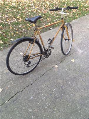 Продајем изузетан бицикл шимано јапанац