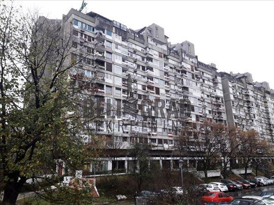 BLOK 23, Bulevar Arsenija Čarnojevića