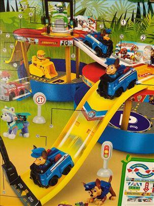 Garaža patrolne šape sa svim junacima novo