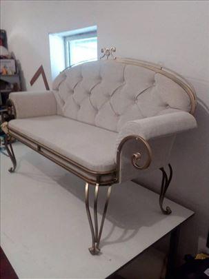 Tapacirani rekamije od kovanog gvozdja (sofa)