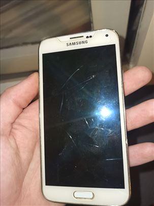 Izuzetno očuvan Samsung Galaxy S5