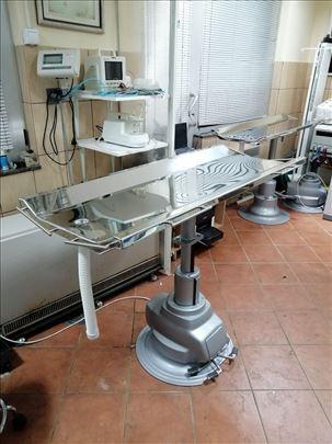 Hiruški hidraulični sto na električni pogon